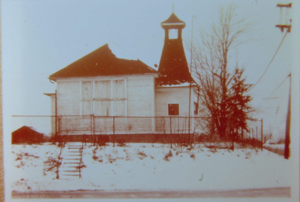Hoosick Grade School on Manitou and Ridge Roads