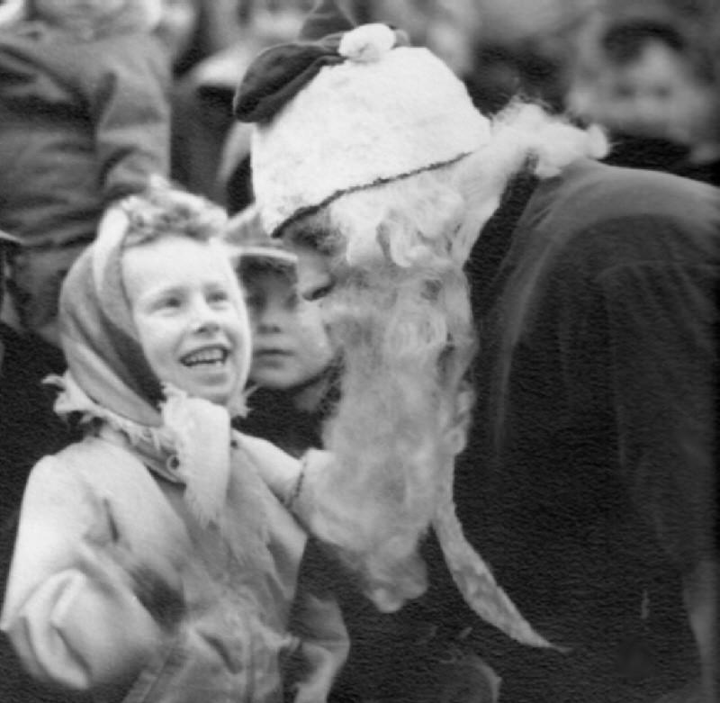 M. Cathy Mendriski-Helmes Meeting Santa