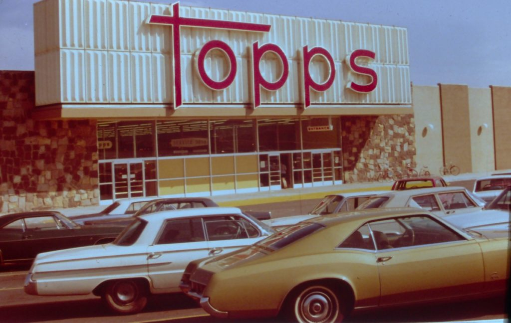 Topps Discount Department Store on Ridge Road