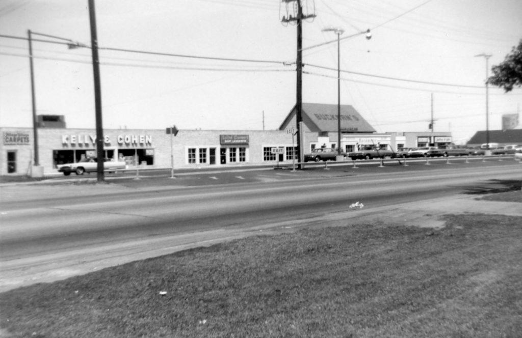 Buckman's Plaza Shopping Center on Ridge Road