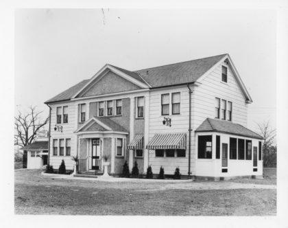 Maier's Hotel and Bar on Dewey Avenue