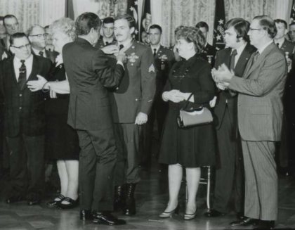 Awarding of the Congressional Medal of Honor to Sergeant Gary B. Beikirch by President Richard M. Nixon
